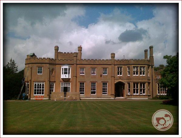 Lloyd Dobbie Photo of Nonsuch Mansion